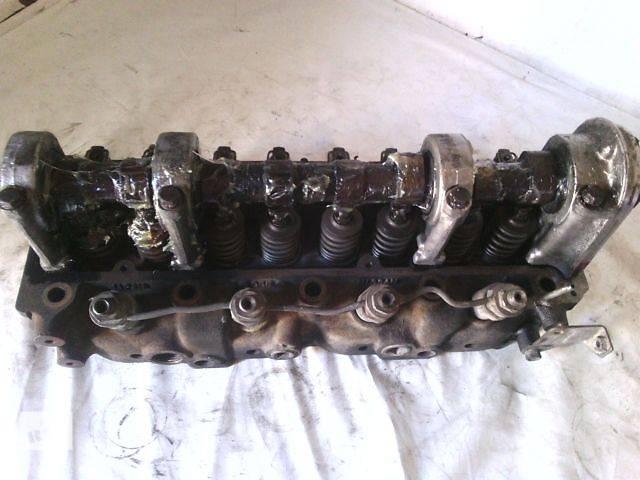 б/у Детали двигателя Головка блока Легковой Nissan Bluebird 2,0D- объявление о продаже  в Ковеле