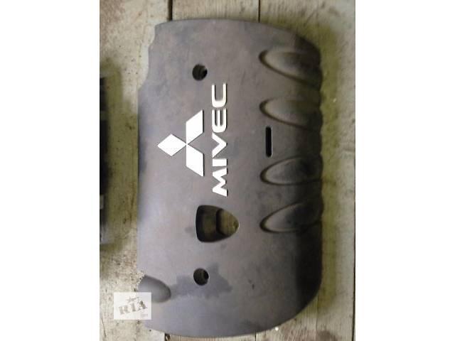 купить бу б/у Детали двигателя Крышка мотора Легковой Mitsubishi Lancer X в Киеве