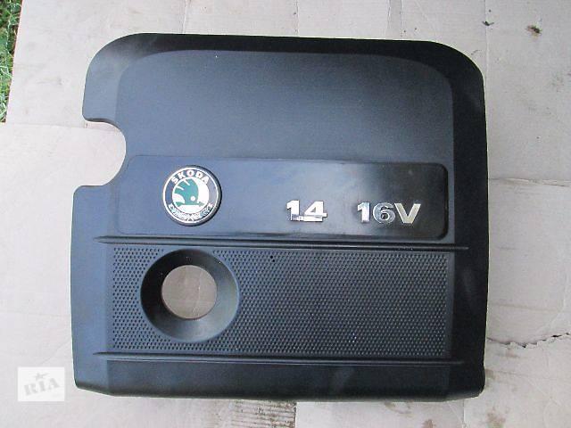 продам б/у Детали двигателя Крышка мотора Легковой Skoda Fabia 2005 бу в Ковеле