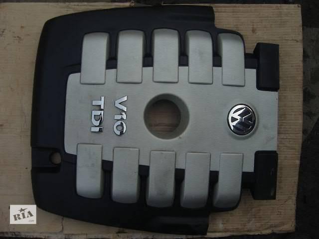 продам б/у Детали двигателя Крышка мотора Легковой Volkswagen Touareg бу в Виннице