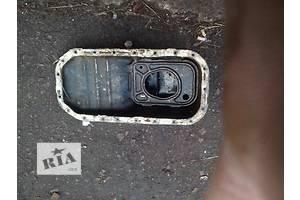 б/у Поддоны масляные Toyota Corolla