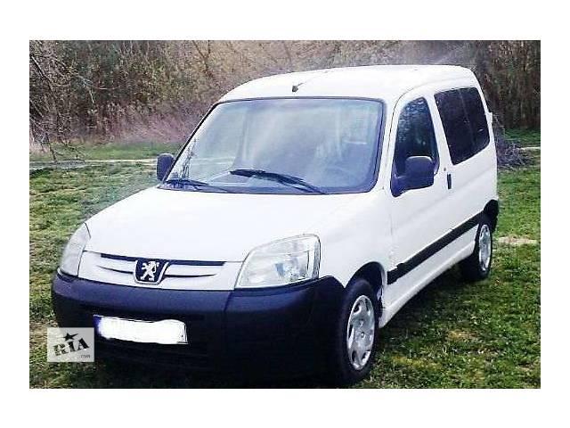 купить бу б/у Детали кузова Бампер передний Легковой Peugeot Partner 2004 в Львове