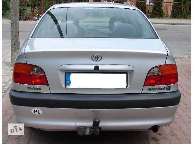 бу б/у Детали кузова Бампер задний Легковой Toyota Avensis 1999 в Львове