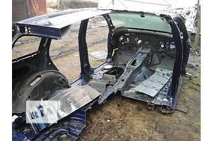 б/у Днища багажника Volkswagen Touareg