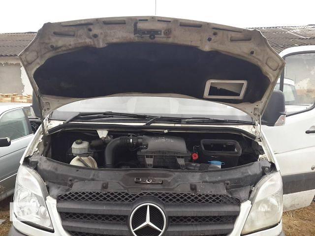 продам Б/у Детали кузова Капот Легковой Mercedes Sprinter бу в Львове