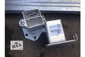 б/у Кронштейн усилителя бампера Citroen C4