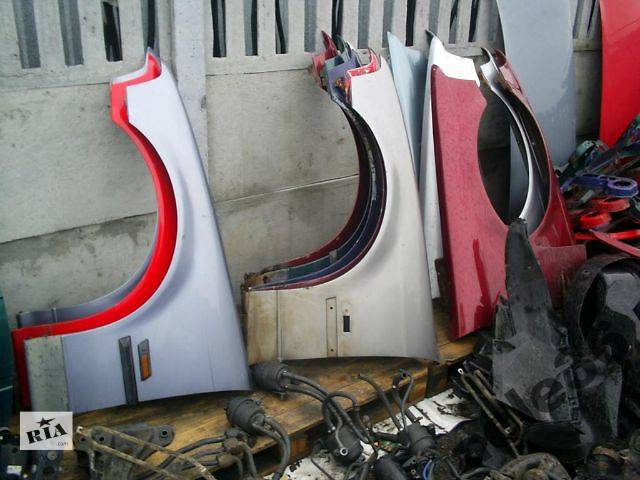 бу б/у Детали кузова Крыло переднее Легковой BMW 3 Series (все) 1995 в Тернополе
