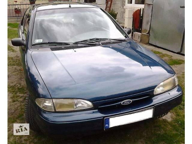 продам б/у Детали кузова Крыло переднее Легковой Ford Mondeo 1995 бу в Львове