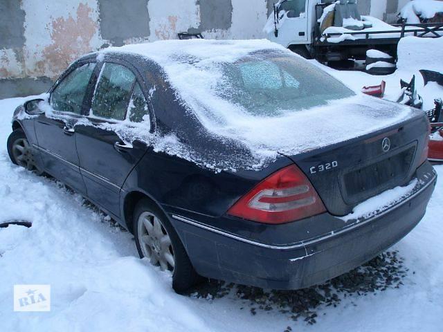купить бу Б/у Детали кузова Крыло заднее Легковой Mercedes C-Class 2004 в Львове