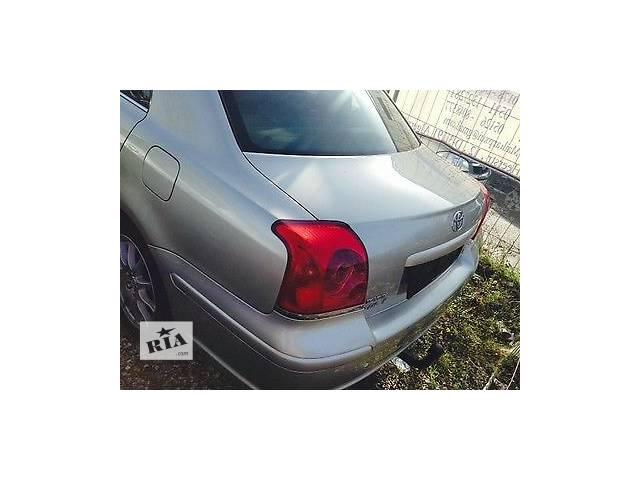 продам б/у Детали кузова Легковой Toyota Avensis Седан бу в Киеве