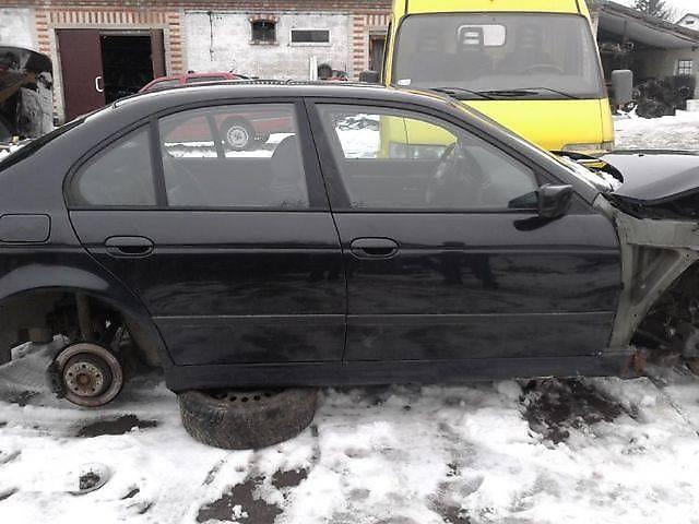 купить бу б/у Детали кузова Лючок бензобака Легковой BMW 5 Series  1999 в Тернополе