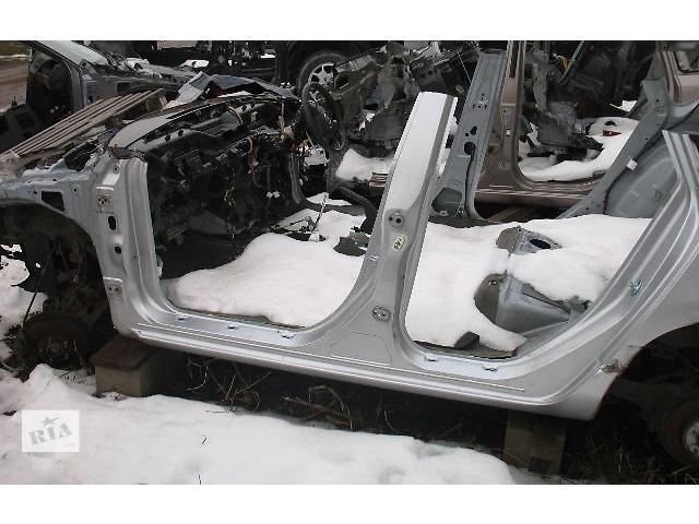 бу б/у Детали кузова Порог Легковое авто Mazda 3 Hatchback 2006 в Луцке