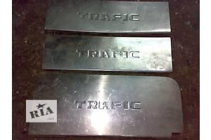 б/у Порог Renault Trafic