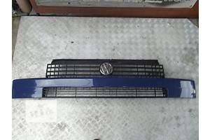 б/у Решётка радиатора Volkswagen T4 (Transporter)