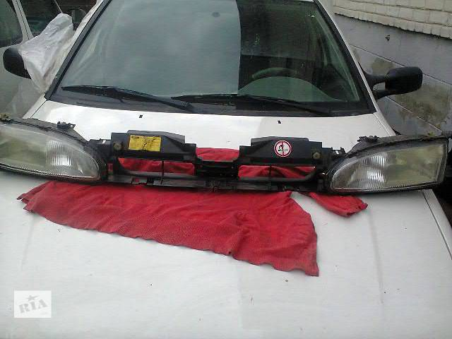 продам б/у Детали кузова Решётка радиатора Легковой Ford Mondeo бу в Жидачове