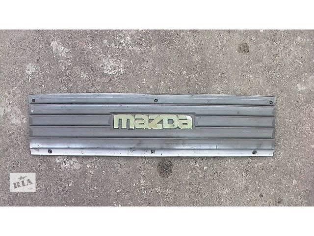 купить бу б/у Детали кузова Решётка радиатора Легковой Mazda E2200 в Сумах