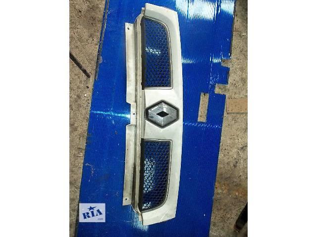 продам б/у Детали кузова Решётка радиатора Легковой Renault Kangoo груз. 2003 бу в Ковеле