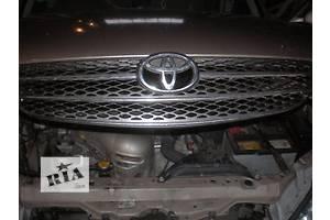 б/у Решётка радиатора Toyota Camry