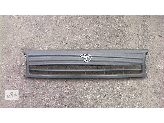 бу б/у Детали кузова Решётка радиатора Легковой Toyota Hiace в Сумах