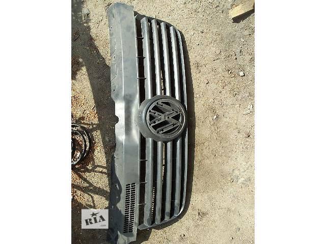 купить бу б/у Детали кузова Решётка радиатора Легковой Volkswagen T5 (Transporter) 2004 в Ковеле