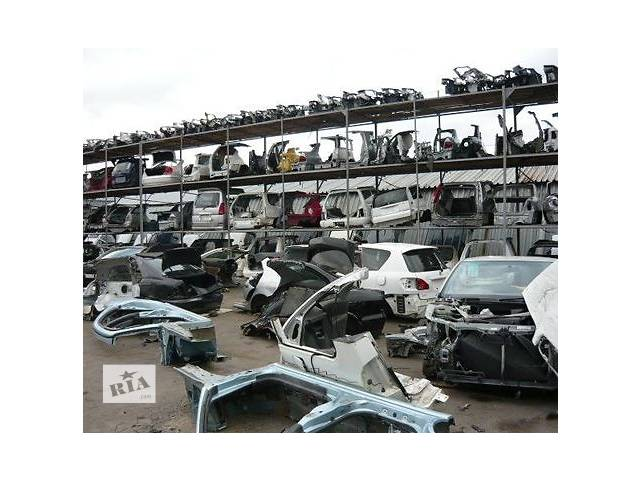 б/у Детали кузова все запчасти Легковой Toyota Avensis 1999- объявление о продаже  в Украинке (Киевской обл.)