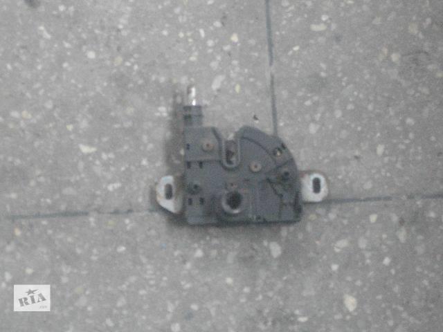 бу б/у Детали кузова Замок капота Легковой Ford Transit Connect 2003 в Львове