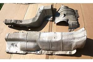 б/у Защита под двигатель Volkswagen Caddy