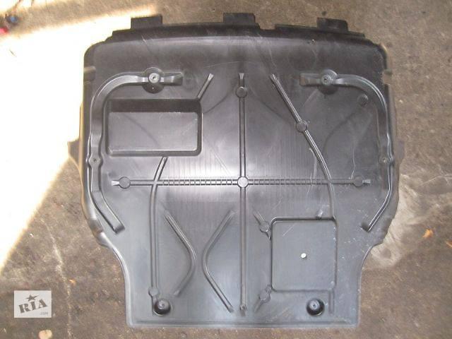 купить бу б/у Детали кузова Защита под двигатель Легковой Volkswagen T5 (Transporter) в Киеве