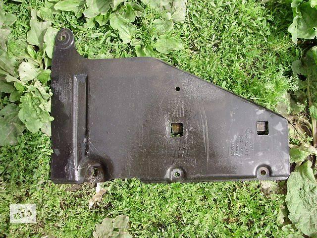 купить бу Б/у Детали кузова Защита шасси Легковой Volkswagen B4 1995 в Тернополе
