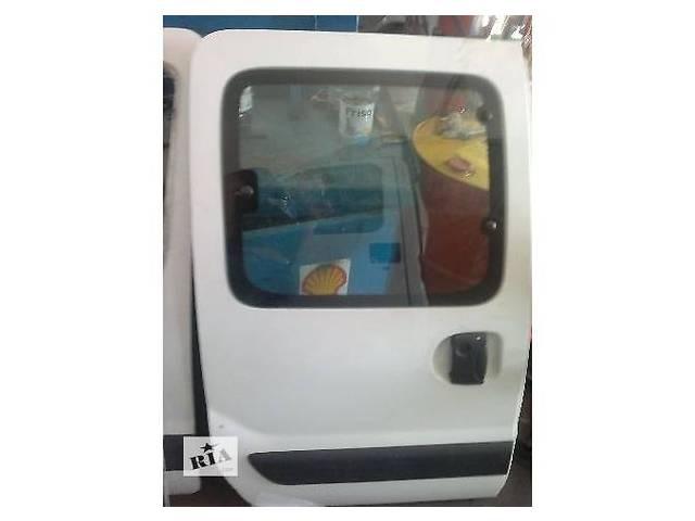Б/у Дверь боковая сдвижная Renault Kangoo- объявление о продаже  в Ивано-Франковске