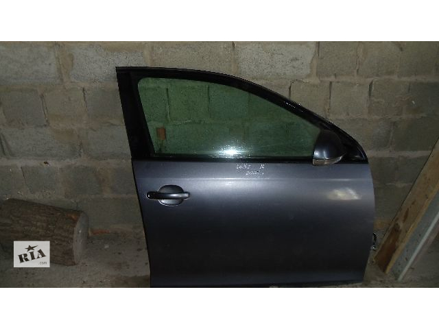 Б/у дверь передняя правая для легкового авто Volkswagen Jetta 2007- объявление о продаже  в Коломые