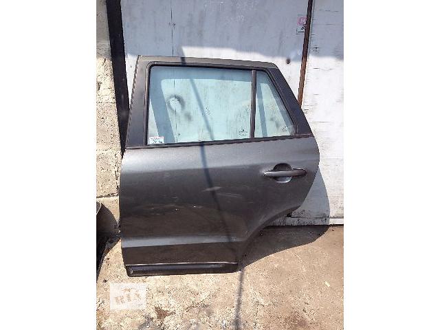 продам Б/у дверь задняя L+R для легкового авто Hyundai Santa FE бу в Ровно