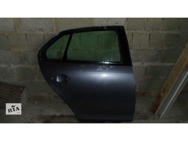 купить бу Б/у дверь задняя правая для легкового авто Volkswagen Jetta 2007 в Коломые