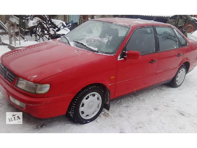 бу б/у Двері/багажник і компоненти Двері передні Легковий Volkswagen B4 в Зборове