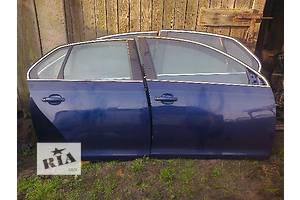 б/у Двері передні Volkswagen Jetta