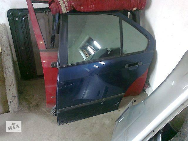 купить бу Б/у Двері/багажник і компоненти Молдинг дверей Легковий BMW 3 Series 1992 в Чопе