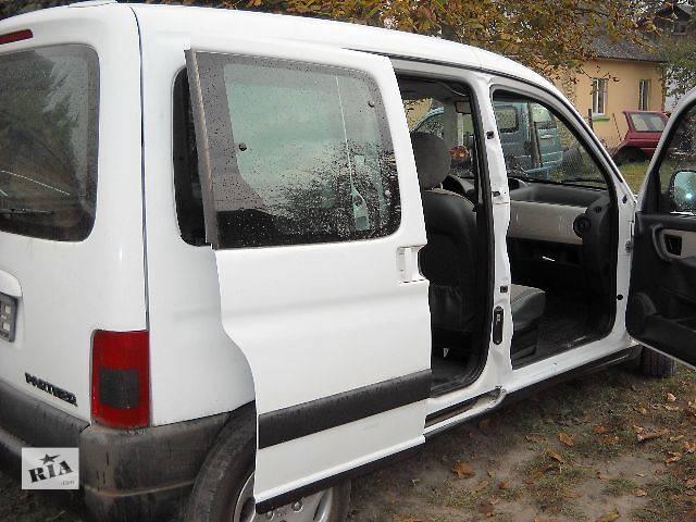 продам б/у Двери/багажник и компоненты Дверь боковая сдвижная Легковой Peugeot Partner бу в Ровно