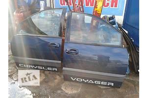 б/у Дверь передняя Chrysler Voyager