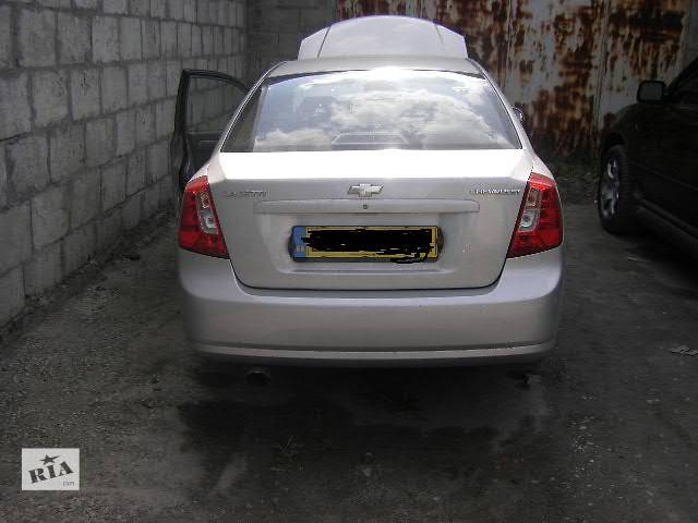 продам б/у Двери/багажник и компоненты Дверь передняя Легковой Chevrolet Lacetti Седан 2007 бу в Киеве