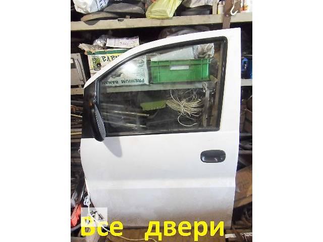 бу б/у Двери/багажник и компоненты Дверь передняя Легковой Hyundai H 1 в Виннице