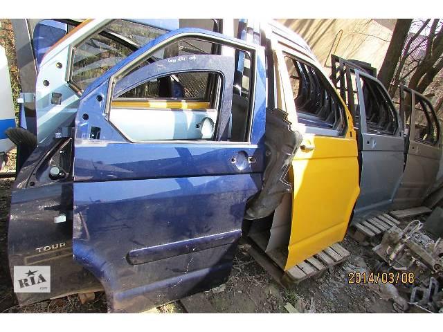 купить бу б/у Двери/багажник и компоненты Дверь передняя Легковой Volkswagen Multivan 2008 в Хусте