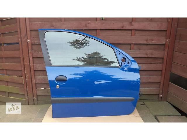 продам б/у Двери/багажник и компоненты Дверь передняя Peugeot 206 бу в Одессе
