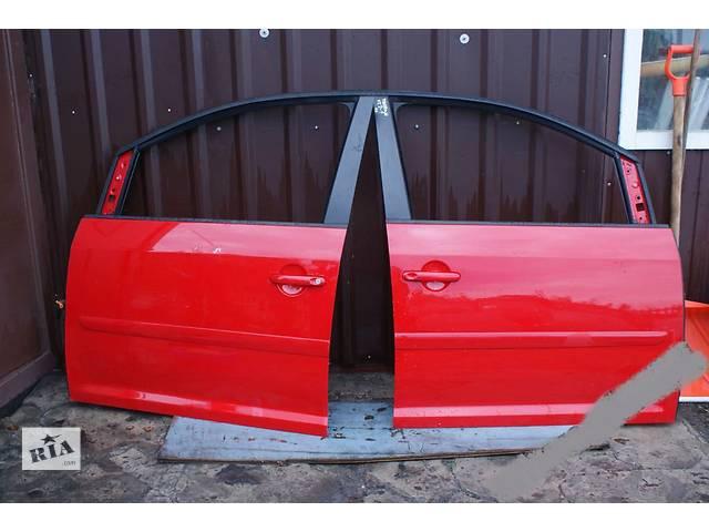 продам б/у Двери/багажник и компоненты Дверь передняя Volkswagen Touran бу в Одессе