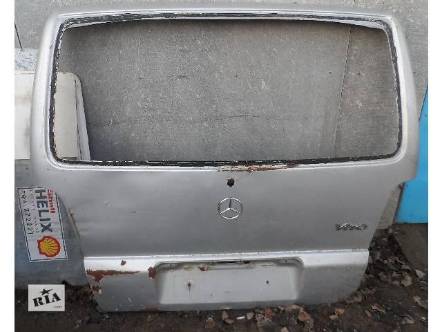 купить бу б/у Двери/багажник и компоненты Дверь задняя Легковой Mercedes Vito Микроавтобус 2002 в Виннице