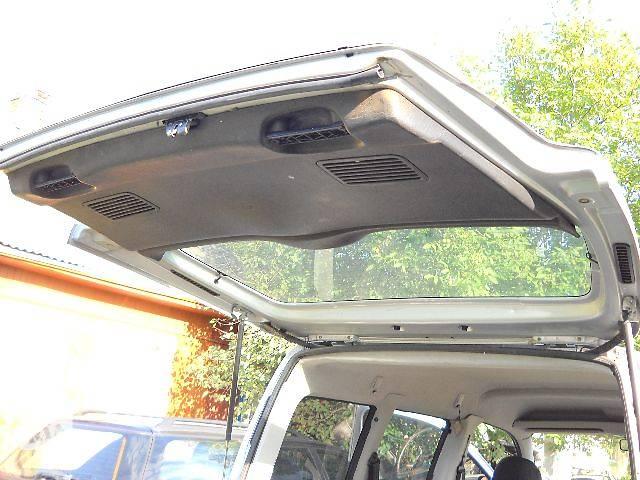 бу б/у Двери/багажник и компоненты Дверь задняя Легковой Citroen Berlingo 2005 в Ровно