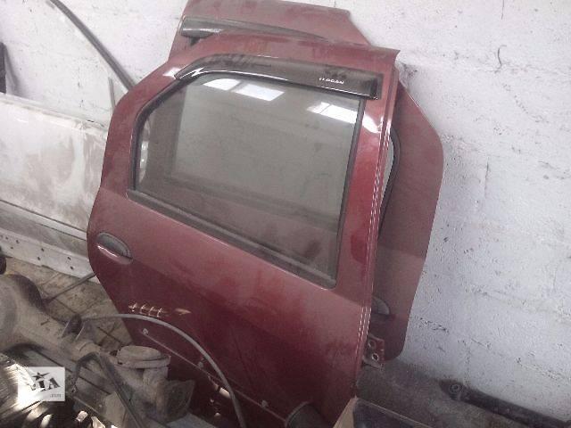 купить бу Б/у дверь задняя для седана Dacia Logan 2010 в Славянске