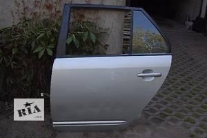 б/у Дверь задняя Kia Carens