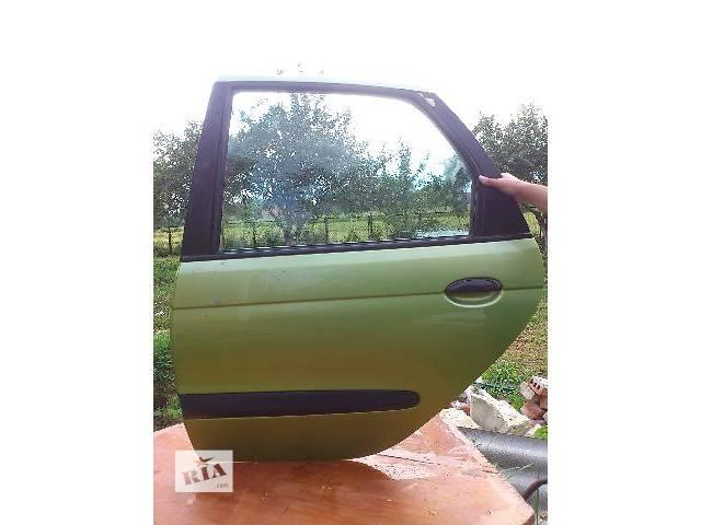 бу б/у Двери/багажник и компоненты Дверь задняя Легковой Renault Scenic Хэтчбек 2002 в Львове