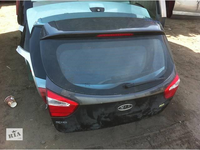 продам б/у Двери/багажник и компоненты Крышка багажника Kia Rio бу в Одессе