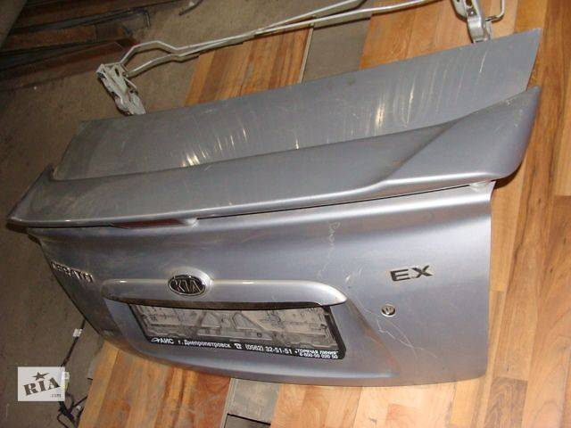 купить бу б/у Двери/багажник и компоненты Крышка багажника Легковой Kia Cerato Седан 2007 в Одессе